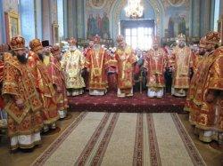 Архиепископ Онуфрий посетил торжества по случаю 70-летия митрополита Симферопольского и Крымского Лазаря