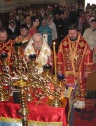 Божественная литургия в Успенском соборе