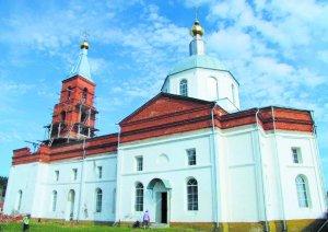 Освящен восстановленный Вознесенский храм в г. Люботине