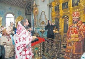 Служение в Свято-Александро-Невском храме