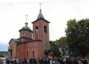 Зажглась лампада Свято-Покровского храма