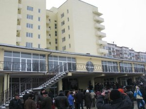 Освящение нового жилья для пострадавших при взрывах на арсенале в г. Лозовая