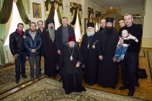 Митрополит Никодим встретился с игуменом Ватопедского монастыря архимандритом Ефремом