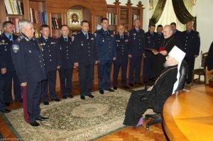 Церковь отметила наградами сотрудников милиции