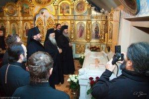 Иерархи Элладской Православной Церкви почтили святыни Слобожанщины