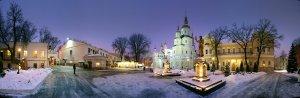 У древних стен Свято-Покровского Монастыря