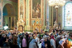 В Великий Четверг   архиепископ Онуфрий совершил   Божественную литургию вБлаговещенском соборе