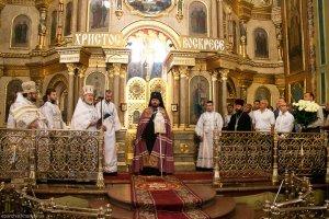 Архиепископ Онуфрий   совершил первую Божественную литургию вкачестве Правящего архиерея Харьковской епархии