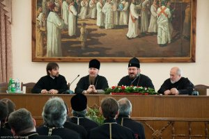 Состоялась передача дел новообразованной Изюмской епархии