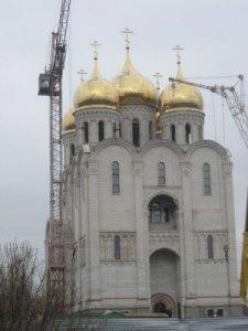Молебен в строящемся храме