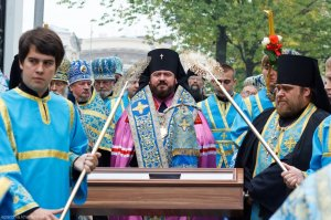 Плащаница Пресвятой Богородицы прибыла в Харьков