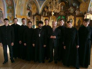 Учащиеся Харьковской  духовной семинарии посетили Почаевскую Лавру