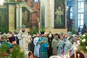 В праздник Собор Пресвятой Богородицы архиепископ Онуфрий совершил Литургию вСвято-Покровском монастыре