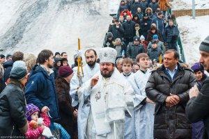 В праздник Богоявления, Крещения Господня архиепископ Онуфрий совершил Литургию наисточнике в Саржином Яру г.Харькова