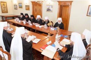 Архиепископ Онуфрий принял участие в заседании Священного Синода УПЦ