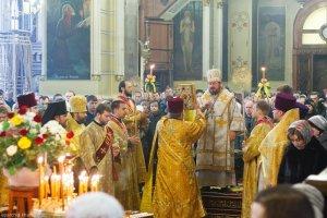 В неделю Торжества Православия архиепископ Онуфрий совершил Литургию вБлаговещенском соборе