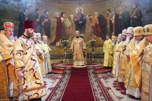 В день памяти святителя Афанасия, патриарха Цареградского, архиепископ Онуфрий совершил Литургию вБлаговещенском соборе