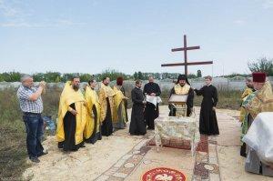Архиепископ Онуфрий освятил место для строительства нового храма в Харькове