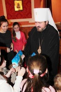 Посещение воскресной школы при  Свято-Пантелеимоновском храме г. Харькова впраздник святителя Николая