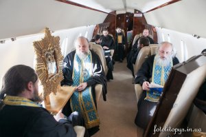 Україну осінили чудотворними іконами