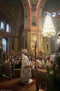 В праздник Рождества Господа нашего Иисуса Христа митрополит Онуфрий совершил Литургию в Свято-Благовещенском соборе