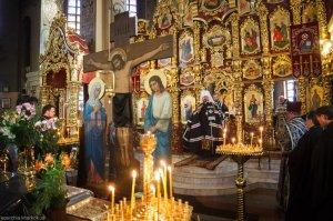 Литургию Преждеосвященных Даров в храме священномученика Александра в пятницу 2-й седмицы Великого поста