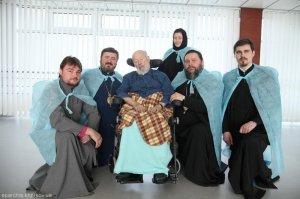 Митрополит Онуфрий посетил Предстоятеля УПЦ в больнице