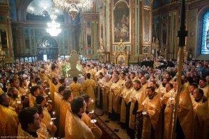 Всенощное бдение в Свято-Благовещенском соборе г. Харькова накануне праздника святителя Афанасия