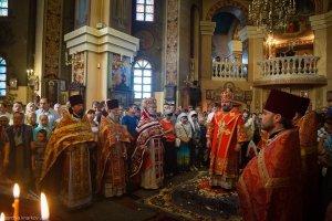 Литургия в день престольного праздника в храме священномученика Александра г. Харькова