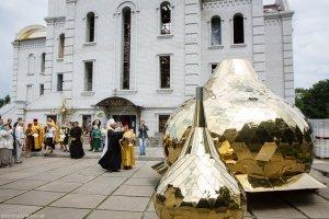 Освящение куполов строящегося в Харькове храма в честь Архистратига Божьего Михаила