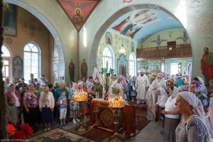В праздник Преображения Господня митрополит Онуфрий  совершил Литургию в Свято-Преображенском храме г. Валки
