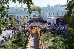 За Божественной литургией, на сугубой ектении, Блаженнейший Митрополит Онуфрий  вознес молитву о мире и благоденствии на Украинской земле