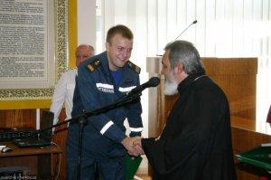 В праздничных мероприятиях послучаю Дня спасателя принял участие священнослужитель епархии