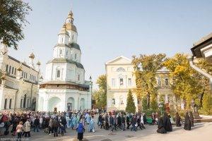 В день престольного праздника митрополит Онуфрий совершил Литургию в Свято-Покровском монастыре