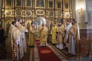 В Неделю 22-ю по Пятидесятнице  митрополит Онуфрий совершил Литургию вСвято-Покровском монастыре