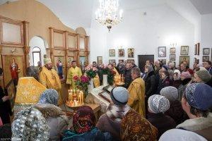 В Неделю 24-ю по Пятидесятнице митрополит Онуфрий совершил чин освящения храма в честь апостолов Петра и Павла в поселке Коммунист