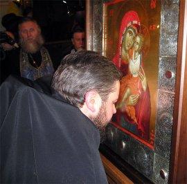 24 декабря в Харьков прибыла икона Божией Матери «Целительница».