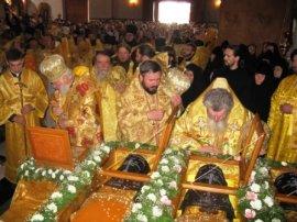 Архиепископ Онуфрий посетил Святогорскую Лавру